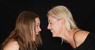 Talking To Your Teen Daughter – Keeping Your Relationship Strong